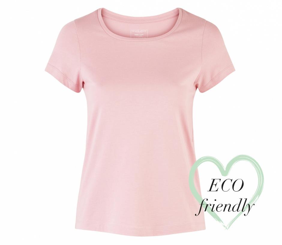 T-shirt Emma from T-Shirt och Linne 2 för 299 kr in REA